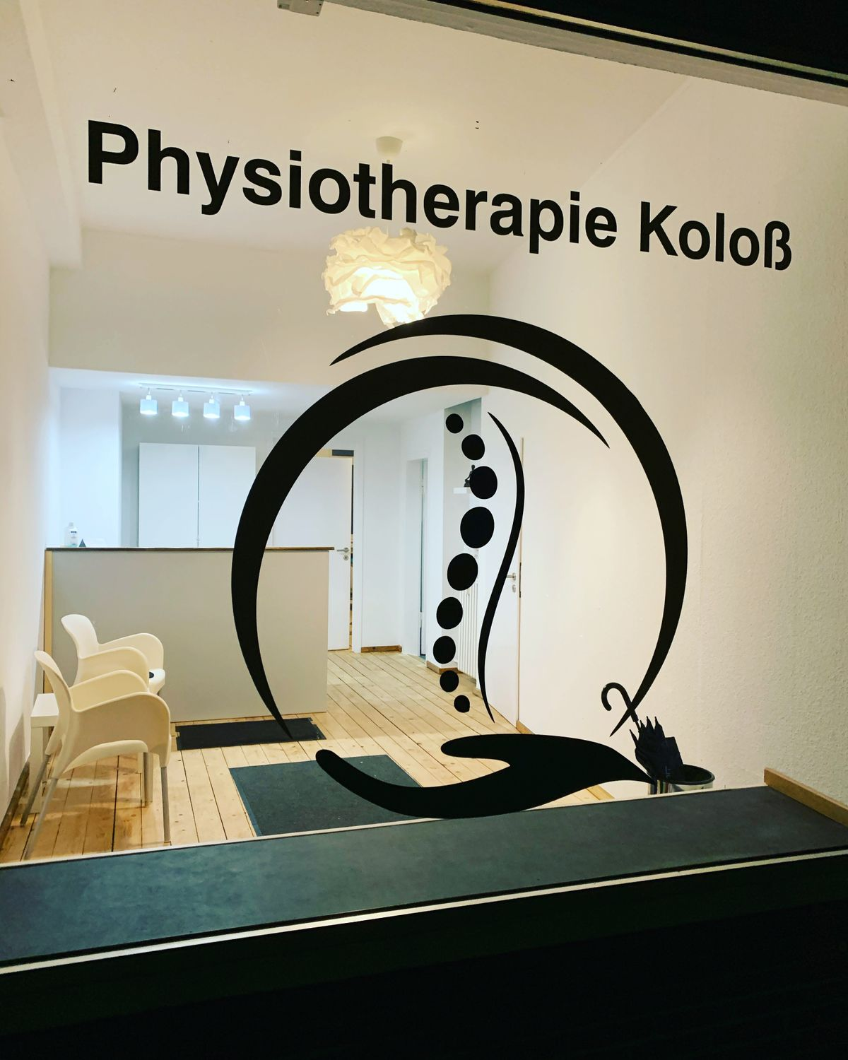 Logo, Fenster, Physiotherapie Marl, Physiotherapie Koloß